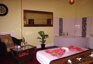 thai-massage-saloon-4-300x207 (1)
