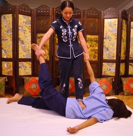 Вижими і техніки у масажі
