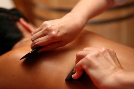 Китайский гуаша массаж