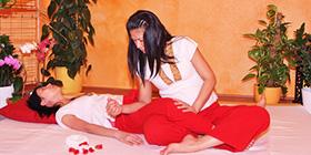 Тайский локтевой массаж (локтями и коленями)
